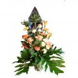 Krzyż z kwiatów